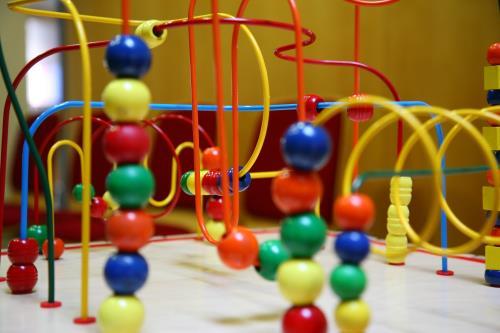 Babysicher Lernspielzeug