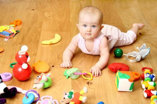 Babysicher Spielzeug fuer Babys